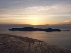 luce (wilmet) Tags: light sunset sea panorama tramonto mare santorini luce imerovigli viux