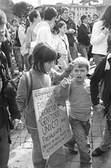 Facinorosi (Uomo Invisibile) Tags: roma 30 bambini protesta 2008 universita mobilitazione 133 ottobre studenti manifestazione lasapienza gelmini ondaanomala