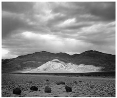Panamint Mt. No.II (ART SRISAK | PHOTOGRAPHY) Tags: california bw mamiya film mediumformat desert colorless monart naturesfinest 123bw autaut rb67pros filmforward