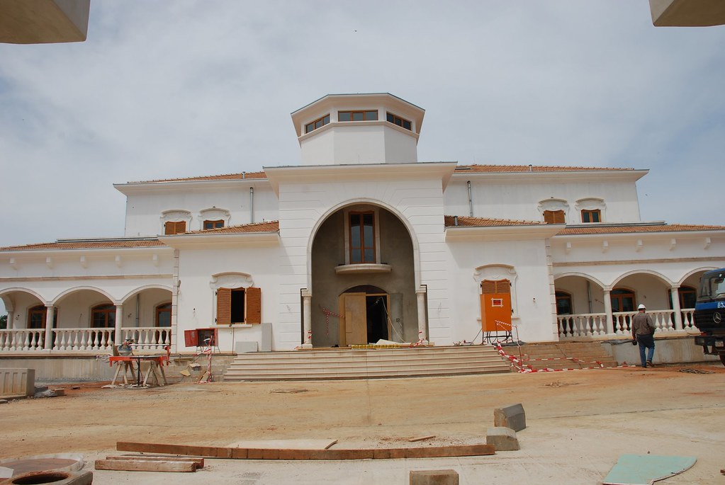 Mansions In Nigeria pics You Can Post More
