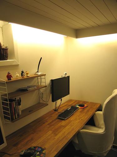 Office desk2
