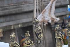 What's up ladies? (mynameisharsha) Tags: india art handicraft nikon village expo folk crafts bangalore arts folklore fair exhibition karnataka chitra d60 chitrakala santhe 1855mmf3556gvr parishath