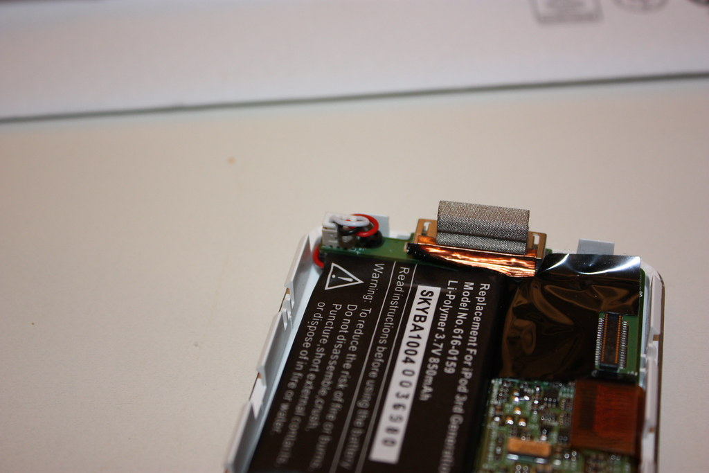 iPod Battery Replacement-10