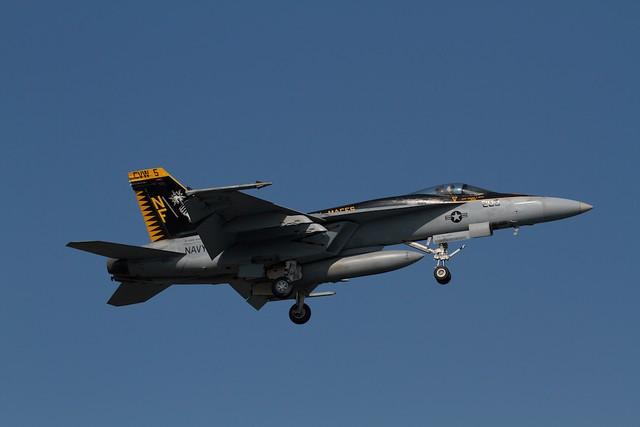 """U.S.NAVY F-18E Super Hornet """"ROYAL MACES"""" CAG"""