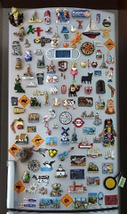 A Traveler's Fridge - A travel diary (Sir Francis Canker Photography ©) Tags: tourism monument fridge landmark visit icon tourist magnets refrigerator visiting magneto frigo iman nevera frigorifico turistic imanes frigorifero