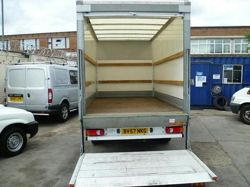 2007 '57' L.D.V. Maxus 120bhp LWB 13ft GRP Luton and Tail-Lift