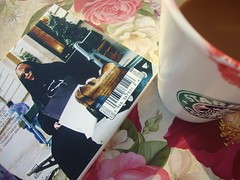 FAiRUZ (Basha ) Tags: morning coffee rose cafe starbucks beirut  flowrs lebnon fairuz