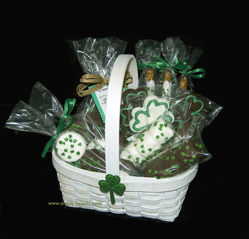 St Patricks Day chocolate dipped goodies basket