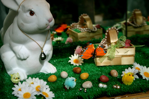 Adorable Easter Window Display