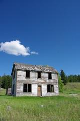IMGP2227 (elvis_hitler2000) Tags: house washington wa ruraldecay decayed trespassing abandonned oroville aficionados abandonnedhouse boundarycountry justpentax aficinonados