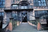 Fachada de la Escuela de Arte de Glasgow. 1897-99.