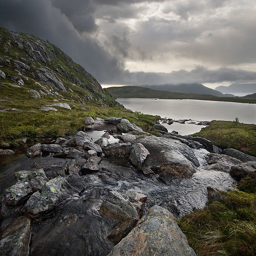 Rain clouds / Jens Inge Ringstad