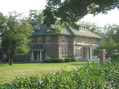 Beaudette Mansion (Dave Garvin) Tags: michigan pontiac mansion beaudette
