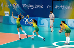 Sheilla CASTRO - Brazil Women's Volleyball Team (Olympic Gold Medalist) (Steve Rogers Photography) Tags: china summer brazil sports ball beijing womens volleyball olympics clone day4 2008 serve stitcher summergames