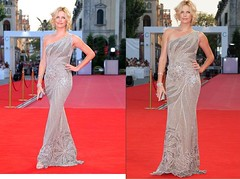Star Power - Charlize Theron in a Versace creation (nian_formosa) Tags: celebrity fashion blonde hautecouture versace redcarpet charlizetheron venicefilmfestival