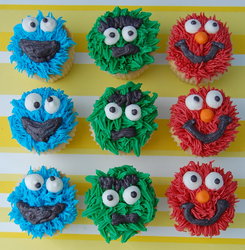 Sale Cookie Monster Sugar Cookie Favors together with Family Objects As Transparent   Icons likewise No carve pumpkin contest winners moreover Oscar Party Cake moreover A Cookie Monster Cake And Tutorial For. on oscar grouch recipe
