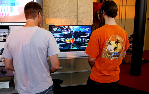 Gamers testing out Wipeout HD