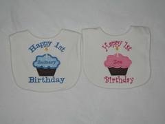 Twin Cupcake Bib (obabygear) Tags: bibs