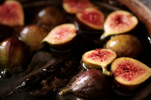 Figs stewing