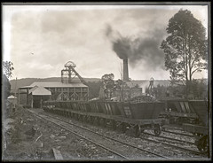 Killingworth Colliery, Killingworth, NSW, 16 October 1903 (Cultural Collections, University of Newcastle) Tags: australia nsw lakemacquarie coalmine 1903 colliery killingworth collieries coalwagons killingworthcolliery ralphsnowball snowballcollection ralphsnowballcollection asgn0008b1 killingworthnsw newcastlenewwallsendcolliery westwallsendkillingworthcolliery wallsendextendedcolliery newcastlenewwallsendcoalcompany cledoniancoalcompany newcastleregionnswhistorypictorialworks photographynewsouthwalesnewcastle coalminesandminingnewsouthwalesnewcastle railroadsnewsouthwalestrains