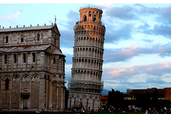 Torre di Pisa (Ola55) Tags: italy pisa fabulous italians torrependente ineffable piazzadeimiracoli laclassenonacqua photographyrocks mywinners anawesomeshot aplusphoto naturescreation rubyaward goldstaraward fdream hccity worldtrekker yourcountry ola55 expressyourselfaward