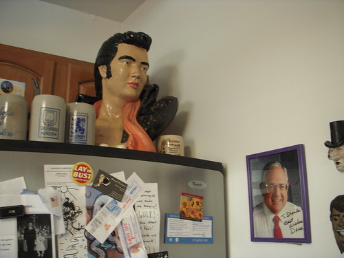 Elvis and Dave in the kitchen