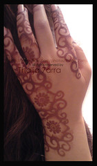 Henna (  7 (TAKEN)) Tags: flowers brown hand uae emirates tradition henna 7enna  emarati