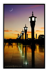 Before the sunrise.. (ArabianLens.com) Tags: light moon muslim islam saudi arabia     madinah