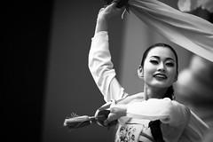 Korean Dance 5 (DSLR_MANIA) Tags: eos korea seoul southkorea   ef200mmf28liiusm republickorea canonef200mmf28liiusm eos1dmark3 canon1dmark3  dslrmania canon1deos1d republiquedecoree poblachtnacoire