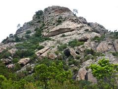 Montée au sommet du Castellacciu par la face Sud : départ de la voie