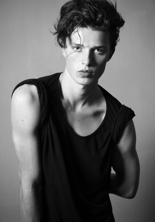 SS12 New Faces_Louis Galloway I LOVE(MODELScom)