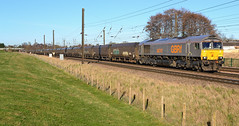 Single Dutch (Feversham Media) Tags: york yorkshire freighttrains northyorkshire sheds eastcoastmainline class66 valeofyork ecml gbrf 66747 dringhouses askhambar