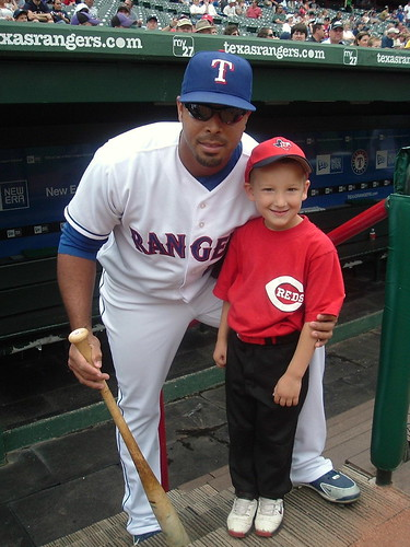 Nelson Cruz with Reds fan