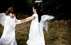  (elcheba) Tags: friends dancing angeles happiness angels amigas amistad bailando alegría angelitas
