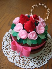 Strawberry Rose Felt Cake (music box) (Shirley's Workshop) Tags: pink dessert handmade craft lovely musicbox feltcake