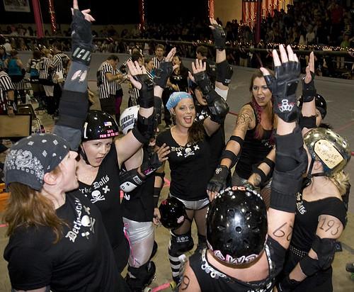 LA Ri-ettes celebrate victory