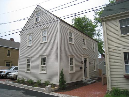 khaki house