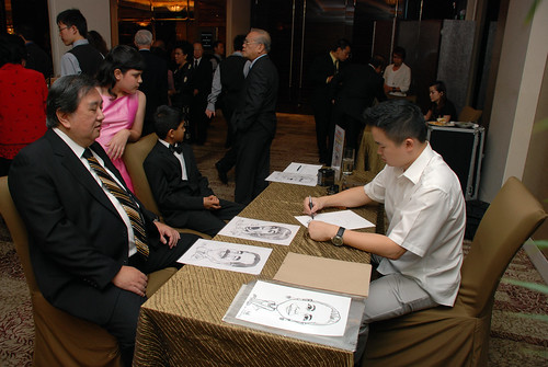 caricature live sketching for wedding dinner 120708  - 9