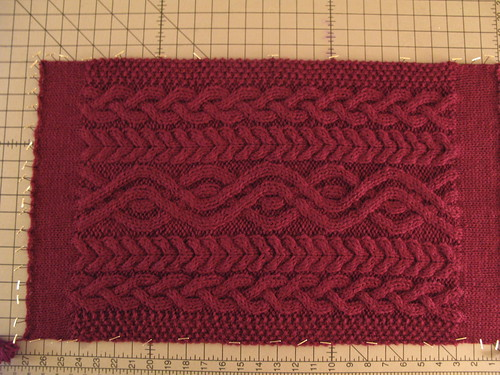 Cabled Bag: Blocking