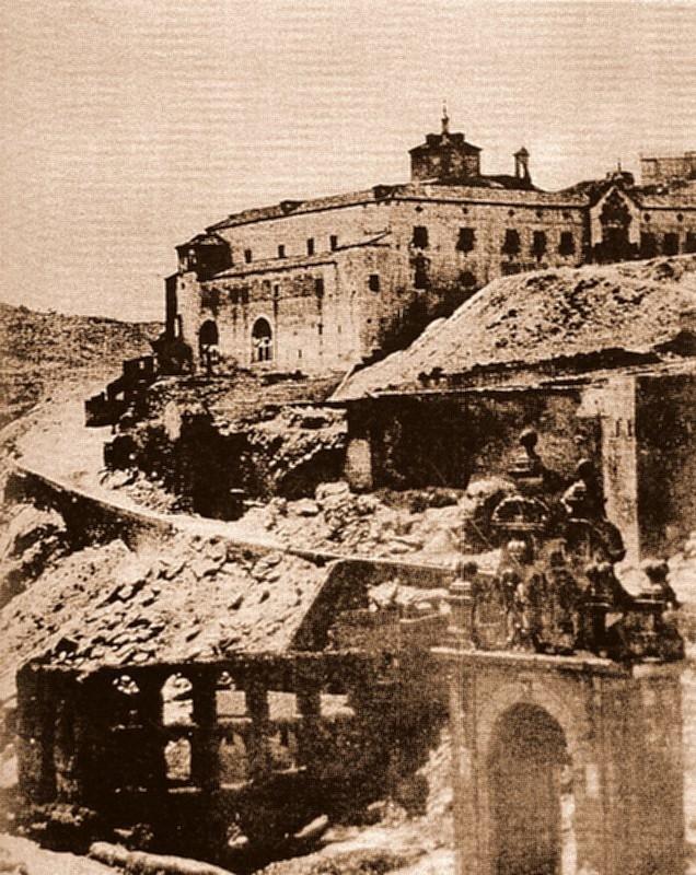 Restos del Artificio de Juanelo (Toledo), antes de 1868