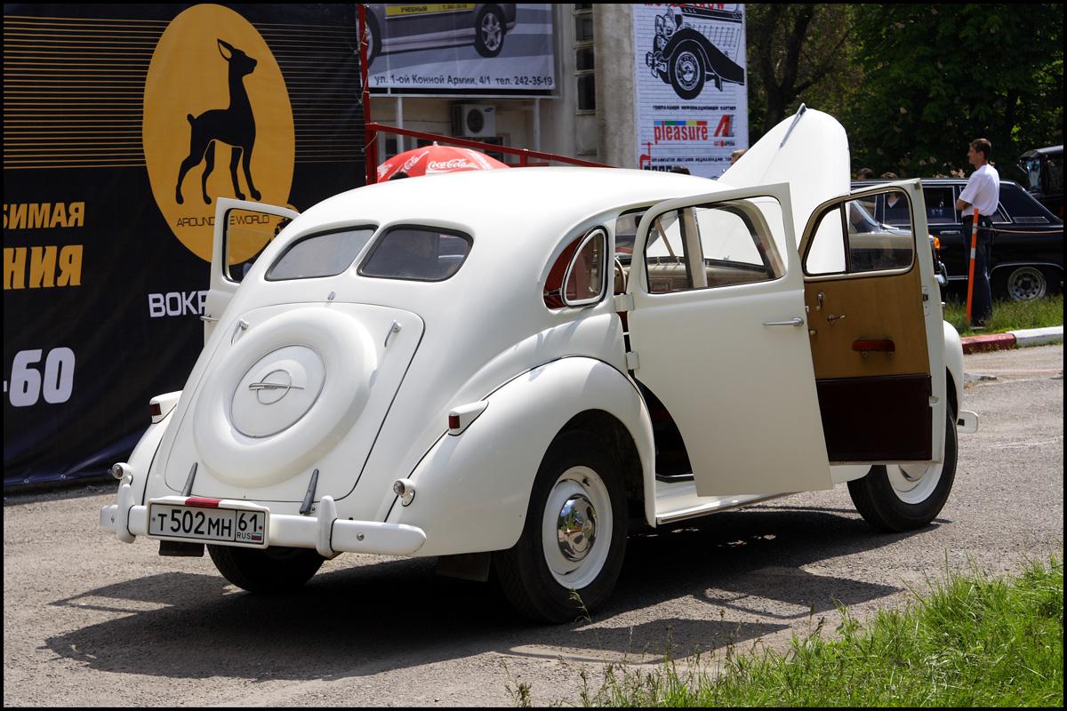 Opel Kapitan. go back