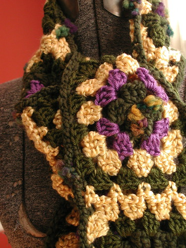 Granny Square Scarf Detail