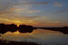 Atardecer (arturotreminio) Tags: nikon florida sunsets atardeceres lightroom d40