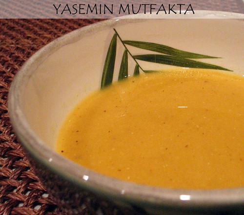 Portakalli Mercimek Corbasi by Yasemin Mutfakta