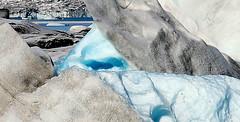 Im cool...! (nanna lind) Tags: cold island iceland frost glacier kalt sland islande jkulsrln jkull ln rfajkull