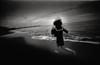 hibernetic dream (TommyOshima) Tags: beach girl monochrome voigtlander f45 konica 15mm kk swh hibernation superwideheliar apocrypha hexarrf tanatos 幻視展 タナトス kinakokocteau voigtnalder