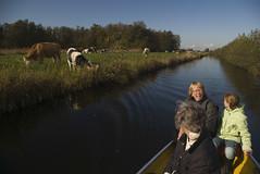 20081022_2269 72 dpi (Dick Aalders) Tags: giethoorn varen fluisterboot herfstvakantie