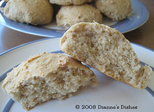 White Whole Wheat Yeast Rolls: The Inside