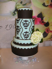 Damask Cake (Josef's Vienna Bakery) Tags: wedding food dessert marisa weddingcake nevada tahoe bakery reno sparks 2008 hess iphone fondant damask josefs marisahess