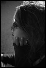 ..:: Waiting for the sun ::.. (Yoggibat) Tags: portrait blackandwhite white black girlfriend noir noiretblanc blanc copine iso1600 limousin hautevienne